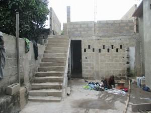 Escalier et salle 1